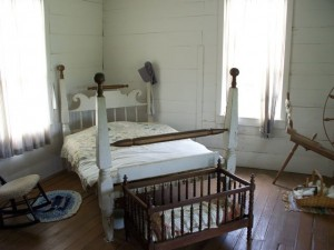 The bed where General Lyon's body was lain inside the Ray house.